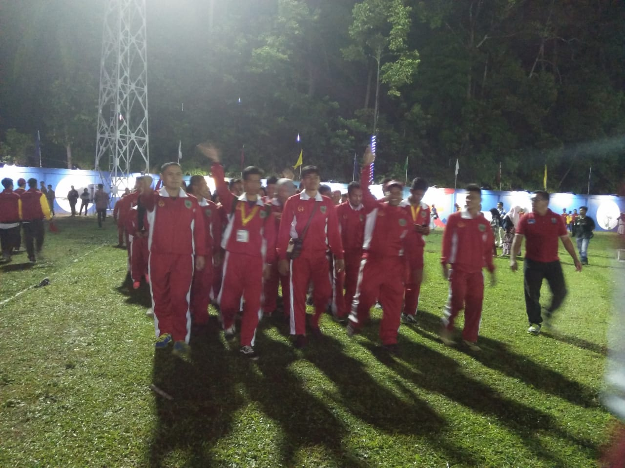Kontingen Kabupaten Pasaman pada pembukaan Porprov XV 2018.