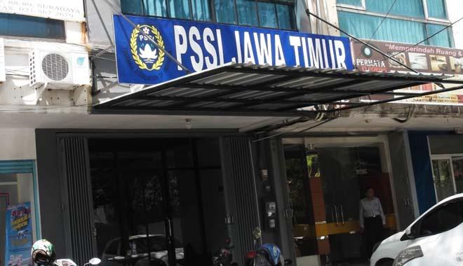 Satgas Anti Mafia Bola Geledah Kantor PSSI Jatim