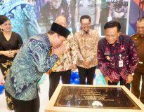 Bambang Haryo pemilik Gress Mall bersama Bupati Gresik Sambari