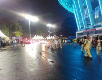 Massa Prabowo-Sandi berdatangan di Stadion Gelora Bung Karno, Senayan Jakarta