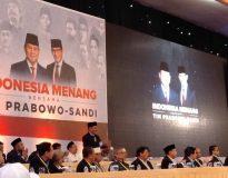 Bambang Haryo (Berdiri) saat namanya diumumkan Prabowo Subianto sebagai putra-putri terbaik bangsa (Foto : deliknews.com)