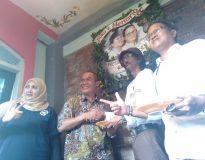 Bambang Haryo usai pemotongan tumpeng