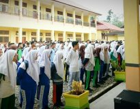 Pembukaan Masa Pengenalan Lingkungan Sekolah (MPLS) kepada siswa/peserta didik baru di SMKN 1 Lubuk Sikaping, Minggu 14 Juli 2019.
