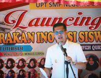 Wakil Bupati Pasaman H. Atos Pratama, ST saat launching Gerakan Inovasi Siswa (Genovis) SMPN 2 Bonjol, Rabu (31/3).