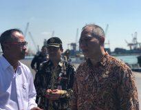Bambang Haryo Soekartono saat sambangi Pasar Porong Sidoarjo (Foto : Deliknews.com)