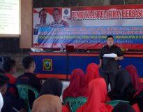 Narasumber M. Dwi Richa JP, SH saat menyampaikan materi Seft Skill di BLK Lubuk Sikaping.