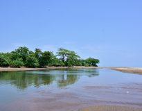 Pantai Cijeruk, Garut/ anekatempatwisata.com