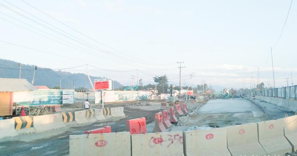 Pembangunan Jalan Tol Trans Sumatera (JTTS) di area Padang – Pekanbaru