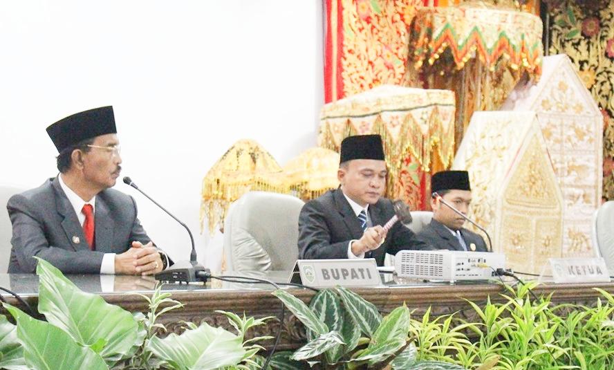 Rapat Peripurna DPRD Pasaman mendengar Pidato Kenegaraan Presiden, Jum'at (16/7/19).