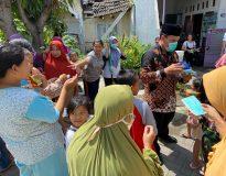 Bambang Haryo saat kunjungan di pasar bluru kidul