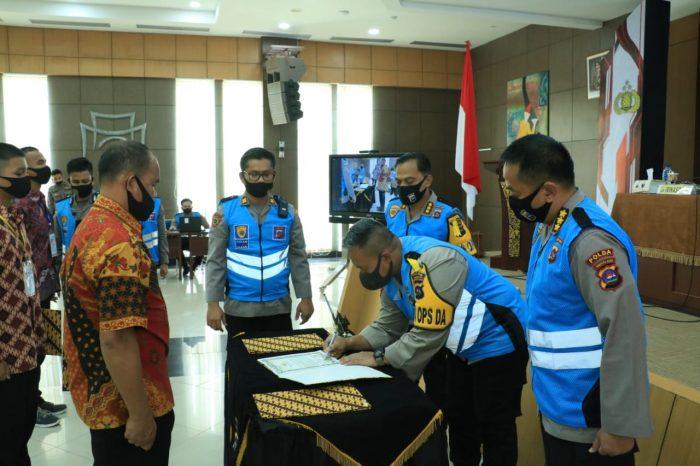Wakapolda Sumbar Ambil Sumpah dan Penandatanganan Pakta Integritas Penerimaan Polri