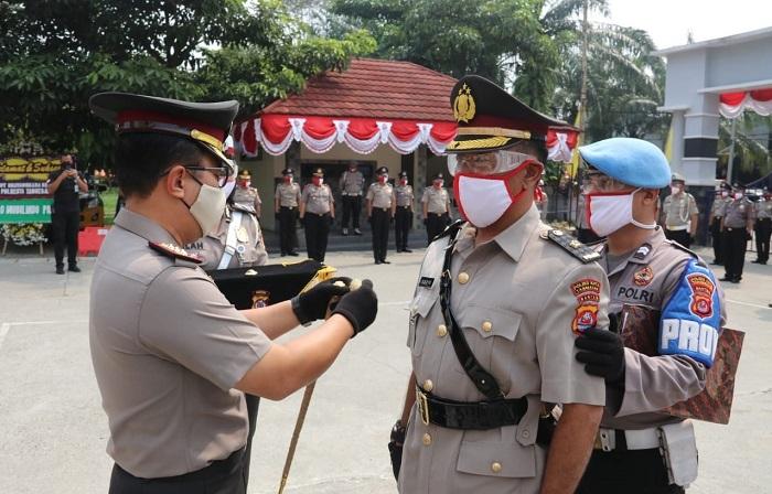 Top! Hari Bhayangkara Ke-74, 54 Anggota Polresta Tangerang Naik Pangkat