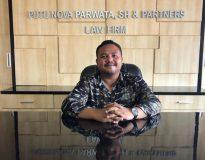 Putu Nova Christ Andika Graha Parwata, S.H., M.H., CTL di Kantor hukum PNP & Partners Law Firm.